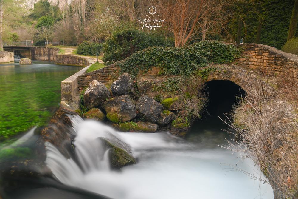 Fontaine de vaucluse en vitesse lente